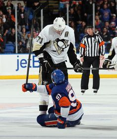 Evgeni Malkin #71 Pittsburgh Penguins and John Tavares #91 New York Islanders