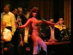 Randa Kamel, Egyptian bellydancer. Amazing performance, never get tired of watching this.