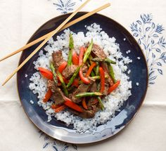 From our blog: Get a whole day's worth of Phase 2 recipes (including our luscious Steak Stir-Fry) to build muscle and fire up your metabolism.