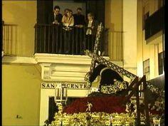 Salida de la Hermandad de las Penas de San Vicente (Sevilla) - Lunes San...