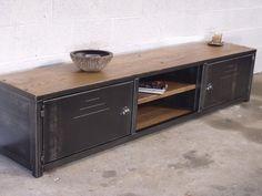 Retro Industrial on Pinterest Vintage Industrial Furniture, Lockers ...