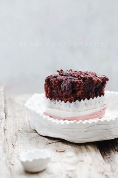 ... vegan chocolate orange minicake ...