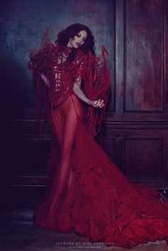Ophelia Overdose - Fashion - Photography - Couture - Fantasy - Red - Queen Of Hearts - Alice In Wonderland - Dress