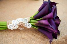 Dark purple calla lily bouquet, very elegant.