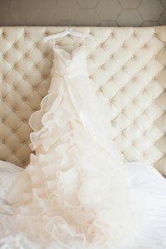 An Amsale beauty Photography by Rebecca Hansen Weddings / rebeccahansenweddings.com