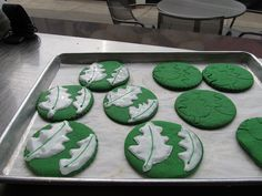 These Earth Day cookies are almost too pretty to eat... almost! #picnic12