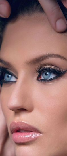 How To Apply Bridal Makeup Like A Pro : Beautiful eyes :-) on Pinterest Eyes, Wedding makeup and ...