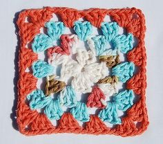 tangled happy: How to Make a Granny Square