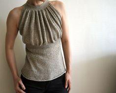 Wow! Ich liebe dieses Top! Ist das nicht der Hammer?!?  sleeveless knitted top- pattern $6, website on the bottom for link to ralvery pattern