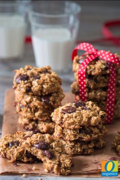 What's better than warm cookies after school? Give this Chewy Chocolate Chip Cookie recipe a try and in just 20 minutes you will have the perfect sweet treat for Fall!
