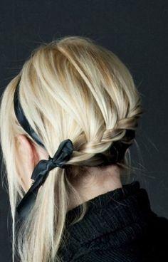 Preppy bow and braid