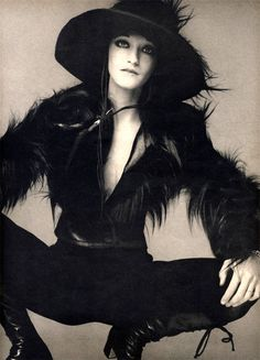 Loulou de la Falaise, Vogue, 1970, Richard Avedon. Loulou de La Falaise was a fashion muse and designer of fashion, accessories & jewelry associated with Yves Saint-Laurent. (May 4, 1948 - November 5 2011)