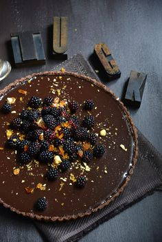 Chocolate Cake with Ganache and Praline Topping | Desserts | Pinterest ...