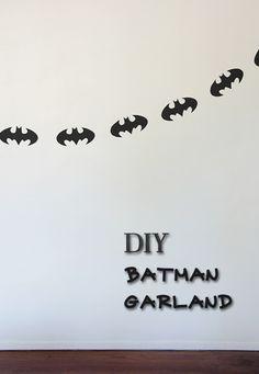 DIY Batman Garland -Momo