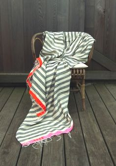 Handwoven bedcover or summer-throw by kira-cph