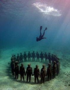 Underwater sculptures [Mexico]