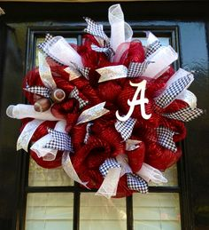 Alabama wreath....would be cute in other schools/colors