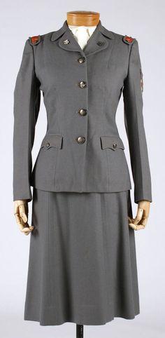 1941-1945 Women's Cadet Nurse American Uniform.
