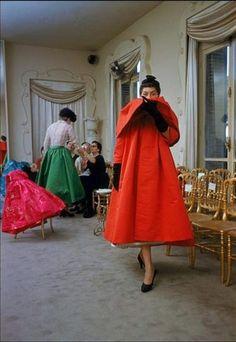 Balenciaga salon, 1954. Photo by Mark Shaw.