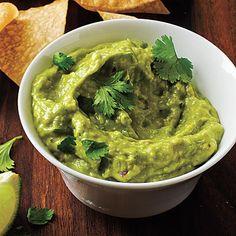 Easy #Guacamole under 90 calories