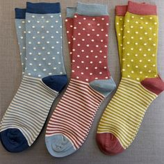 Just in! We fell in love with these ethically sourced bamboo socks from ethical brand Braintree. At £4.75 a pair these bamboo socks are the bees knees! They feel wonderful, the colours are lovely and they are beautifully made - soft cuffs and a flat seam over the toes. They've just landed on our website - an affordable little treat for your feet!