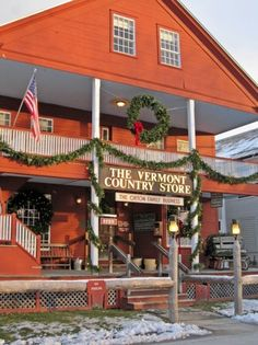 Vermont Holiday Traditions: Vermont Country Store in Weston #santaiscoming