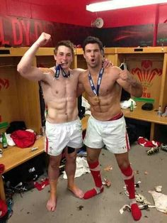 Ooooooosh. Welsh Rugby at its finest