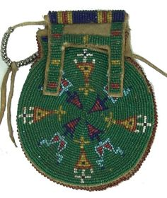 Plains Beaded Bag : Lot 493