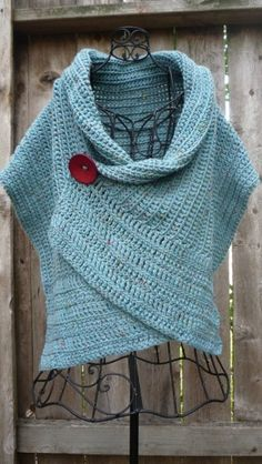 crochet poncho by suejk. wish there was a pattern for this one!! I absolutely love it.