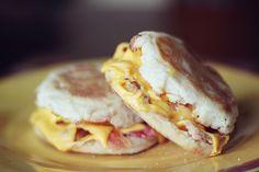 healthy quick breakfast sandwich