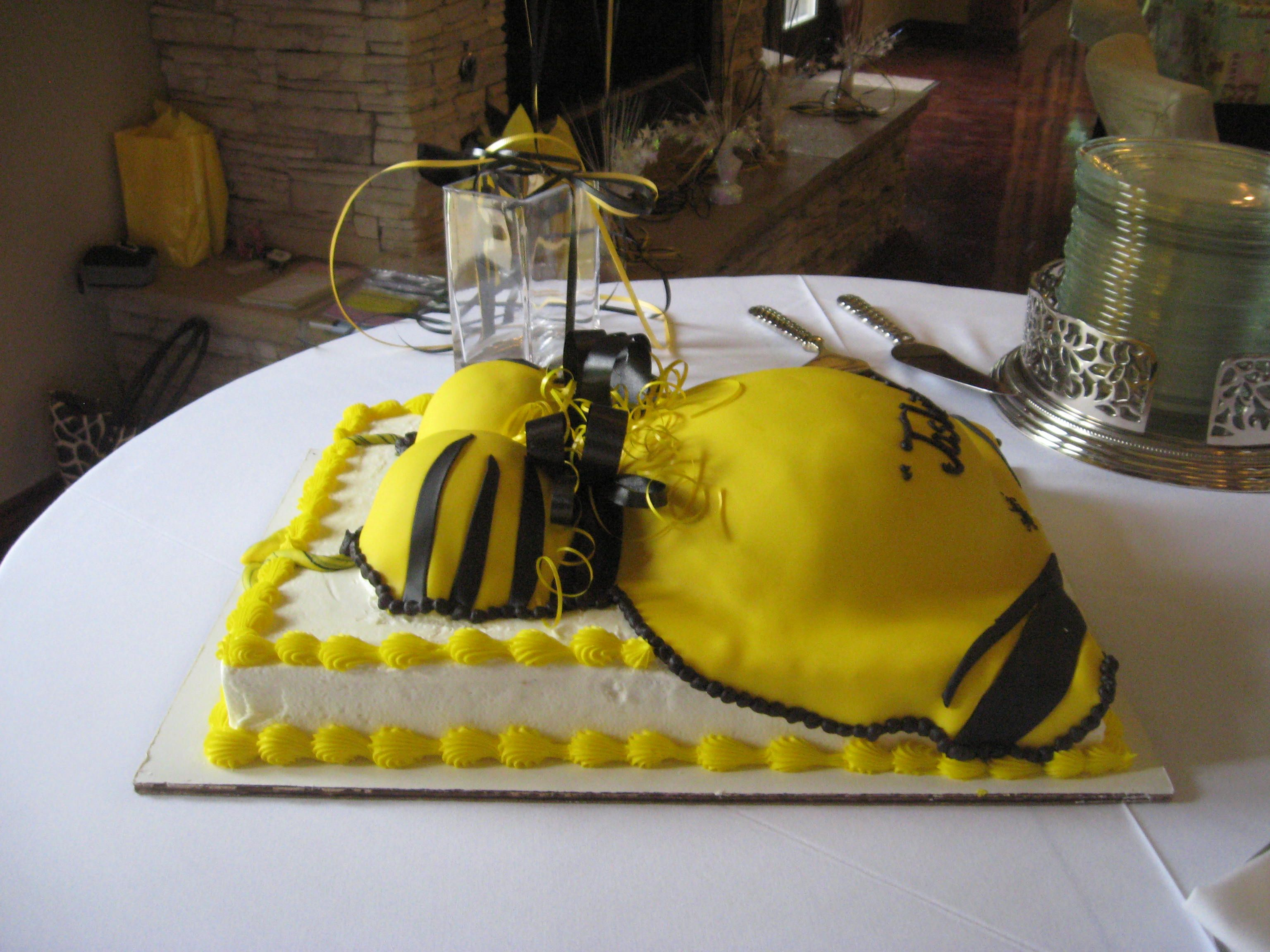 Pittsburgh Steelers Baby Shower Cake, Yeah im def doing this lol ...