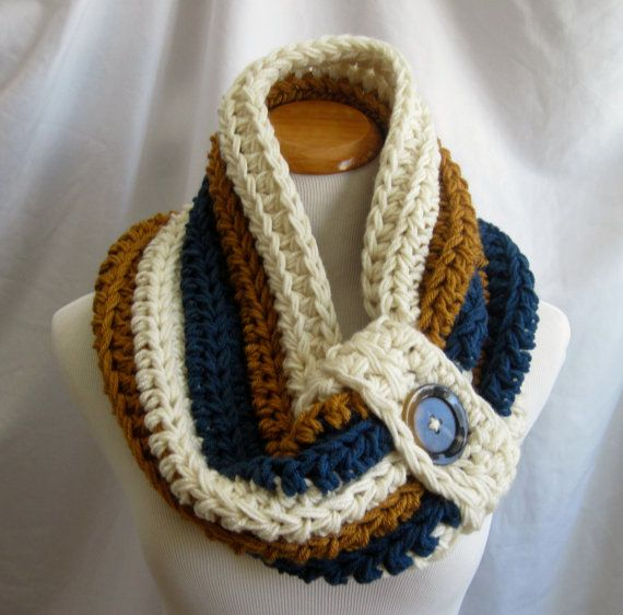 Cowl PATTERN Chunky Bulky Button Crochet Cowl: Off White, Windsor ...