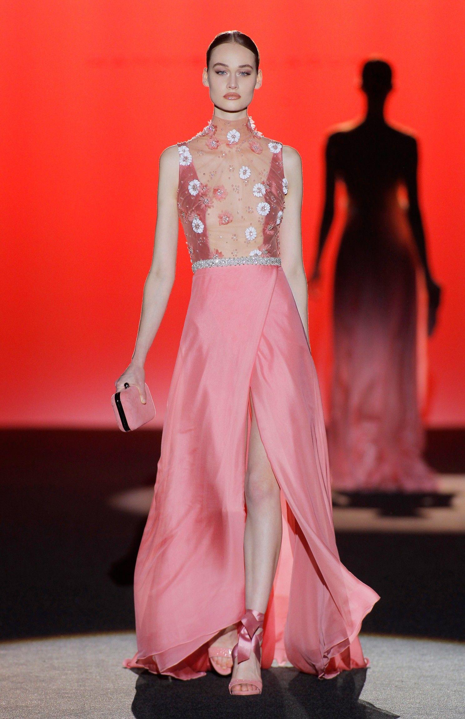 Otoño - Invierno 2017 - 2018 - Couture Hannibal Laguna | Glamour ...