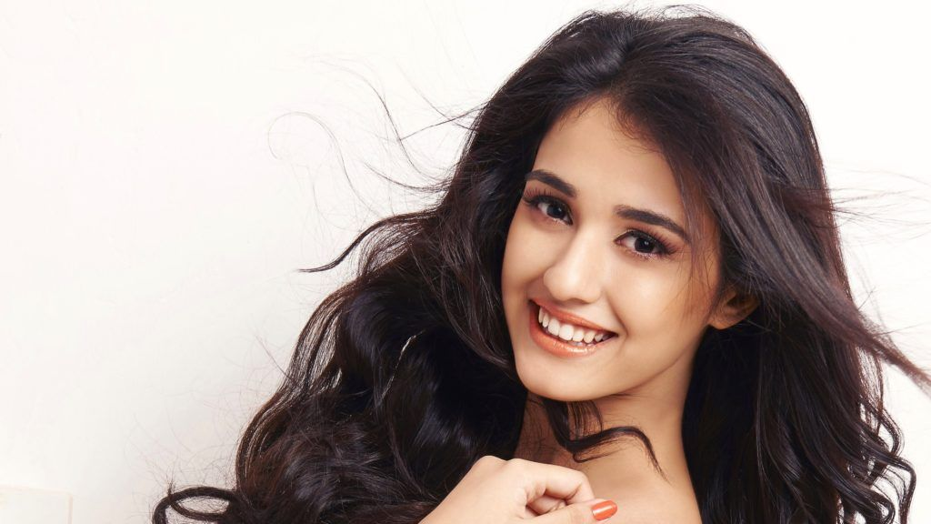 Disha Patani 4k Hd Wallpapers Desi Girls In 2019 Pinterest