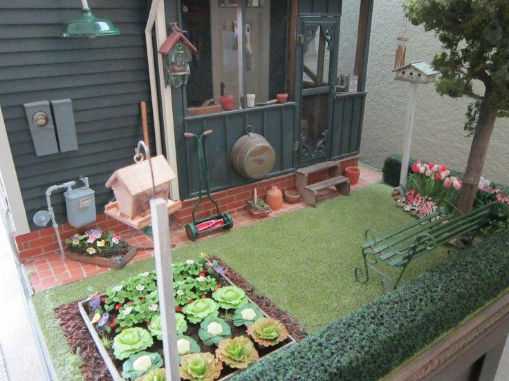 kathleen holmes dollhouse backyard