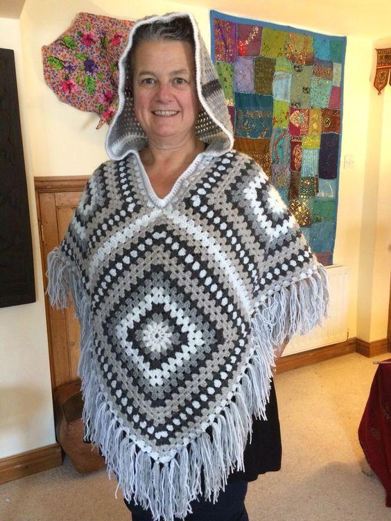 crochet granny square poncho pattern free #grannysquareponcho
