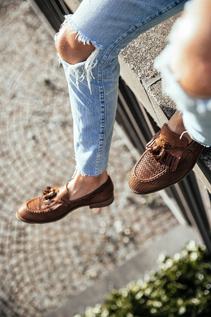 d8a79d0a6e8cbe The Best Men s Shoes And Footwear   MATTGSTYLE by Matthias Geerts   Wearing  Fratelli Rossetti shoes, Ralph Lauren shirt, SELECTED HOMME jacket, SIMON  MILLER ...