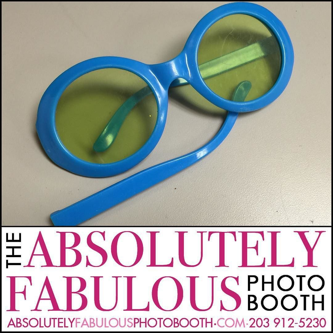 #today's casualties - This is the only thing that broke on September 18th. Yay!!! #absolutelyfabulousphotobooth - Call (203) 912-5230 for #PhotoBooth availability for your #CorporateEvent #HeadShots #Birthday #Sweet16 #Wedding #BarMitzvah #BatMitzvah #Fundraiser and all occasions in #NY #NJ #CT. @gigmasters #Gigpics #PicPicSocial #PicPlayPost #eventplanner #weddingplanner