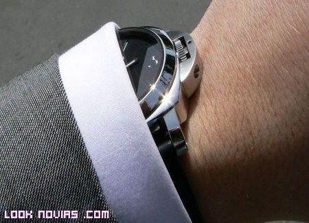 Relojes modernos compromiso