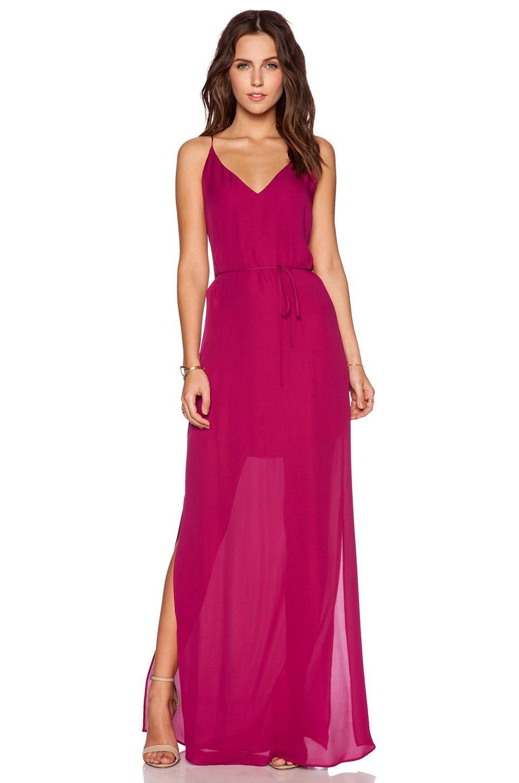 Opción en seda y en rebaja mismo color varios modelos d vestidos
