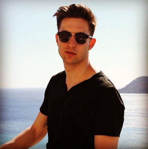 Uma prévia da nossa campanha Verão 2015 que está quase pronta.   As fotos foram feitas em Mykonos, na Grécia!   Muitas novidades chegando... Continuem nos acompanhando!   #loopy #loopyverao2015 #verao2015loopy #loopyoficial #loopyteam #loopynagrecia #loopyemmykonos