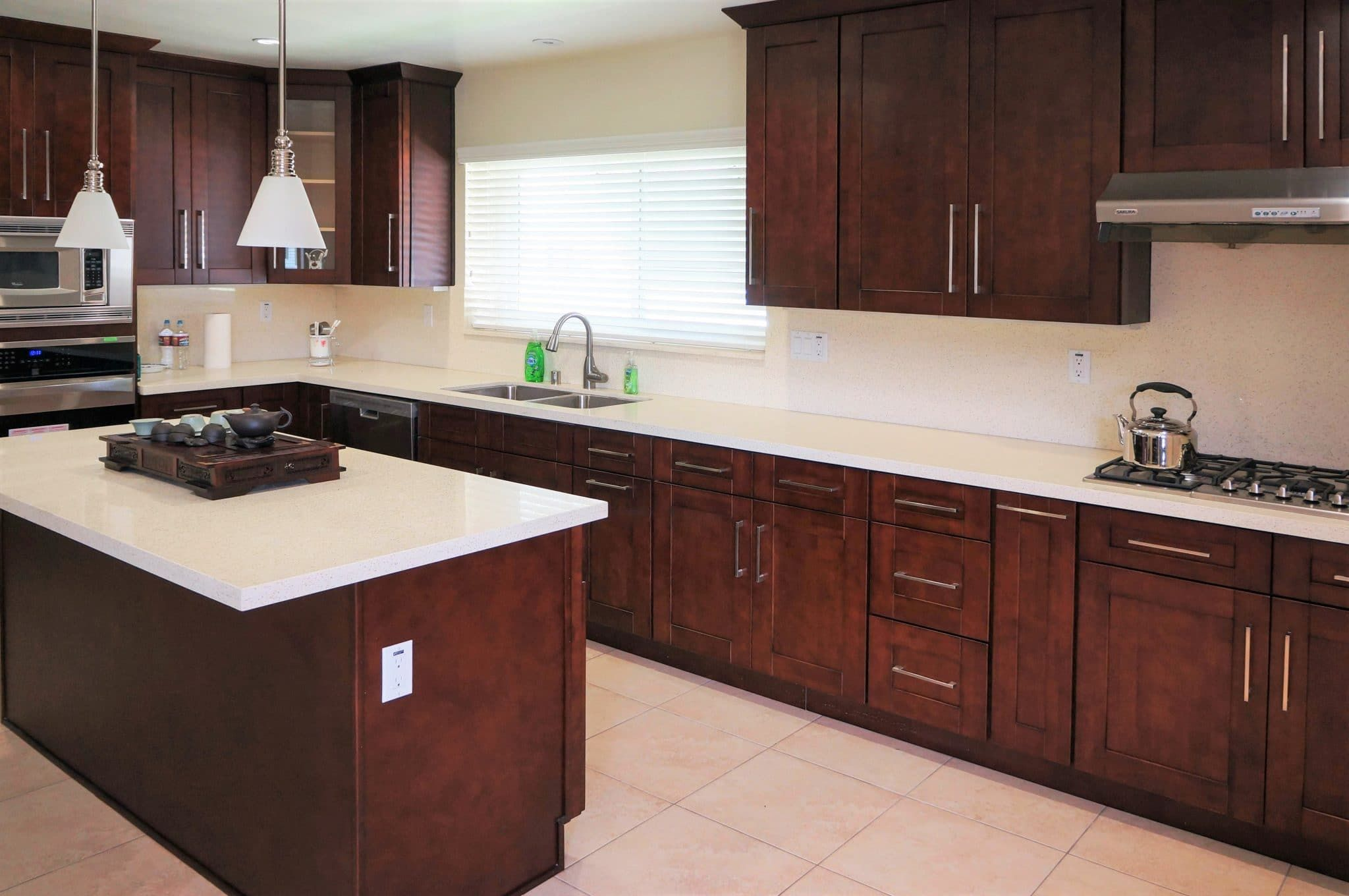 Why Cherry Wood Endures Best Online Cabinets Cherry Wood Kitchens Mahogany Kitchen Cherry Wood Kitchen Cabinets