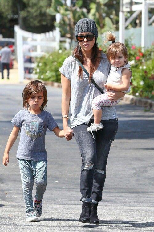 279bd59f41d8 Kourtney Kardashian, her son Mason Dash Disick and her daughter Penelope  Disick