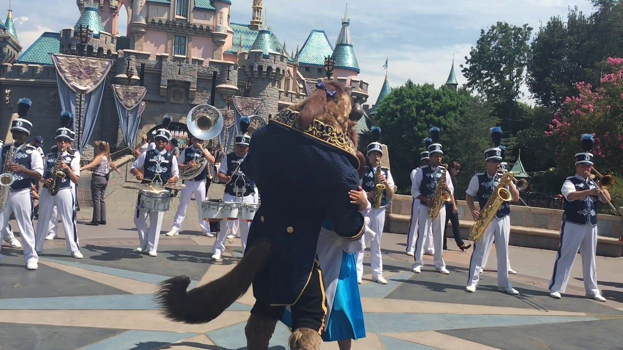 Disneyland Band Belle And Beast Dance To Be Our Guest 2017