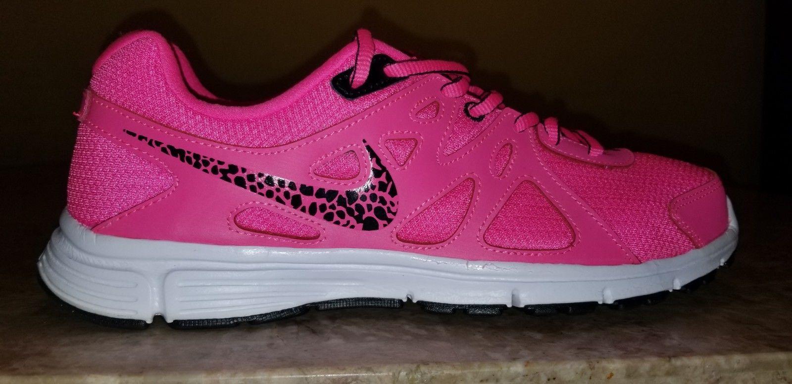 cd0a00596b7b Women's Nike Revolution 2 Sneakers Hot Pink Leopard 554900-605 Size 11 New  884499528371 | eBay