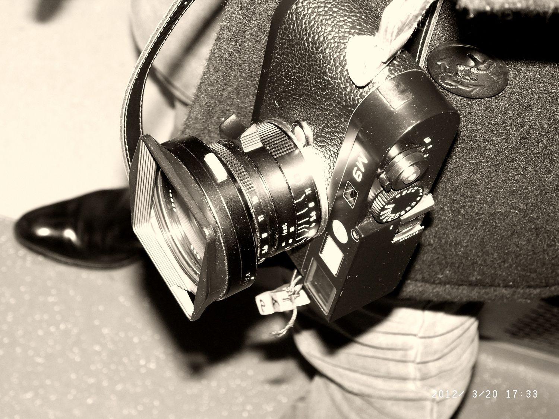 Olivier Zahm's favourite camera! Leica M9 18MP