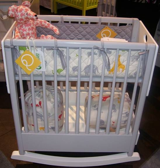 Bassinet crib toddler bed bo