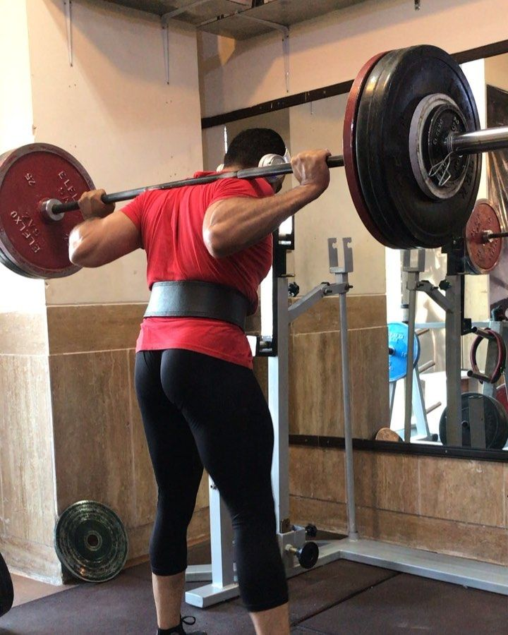 هفته ٣ سري ٥ ،شنبه ٢/٦/٩٨    #fitness     #bodybuilding     #body     #bodytransformation     #squat...
