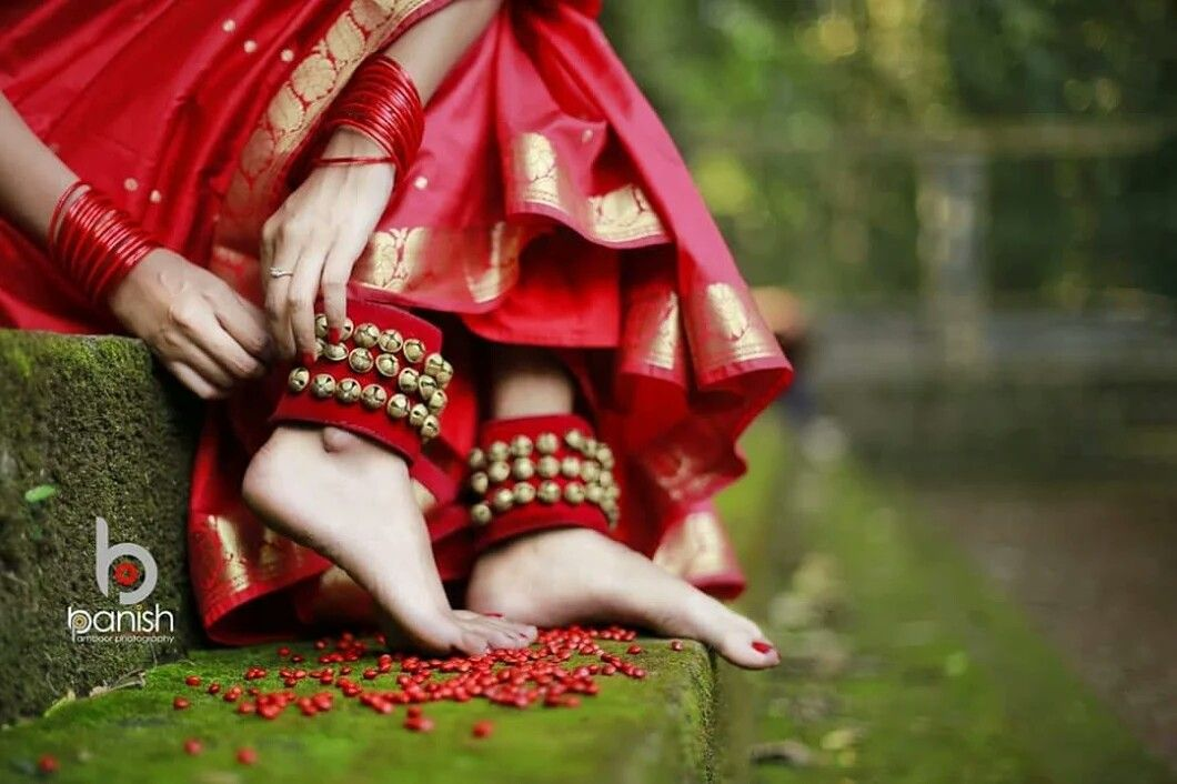 Pin By Psycho Baby On ച ലങ ക Indian Classical Dancer Indian Dance Dance Poses