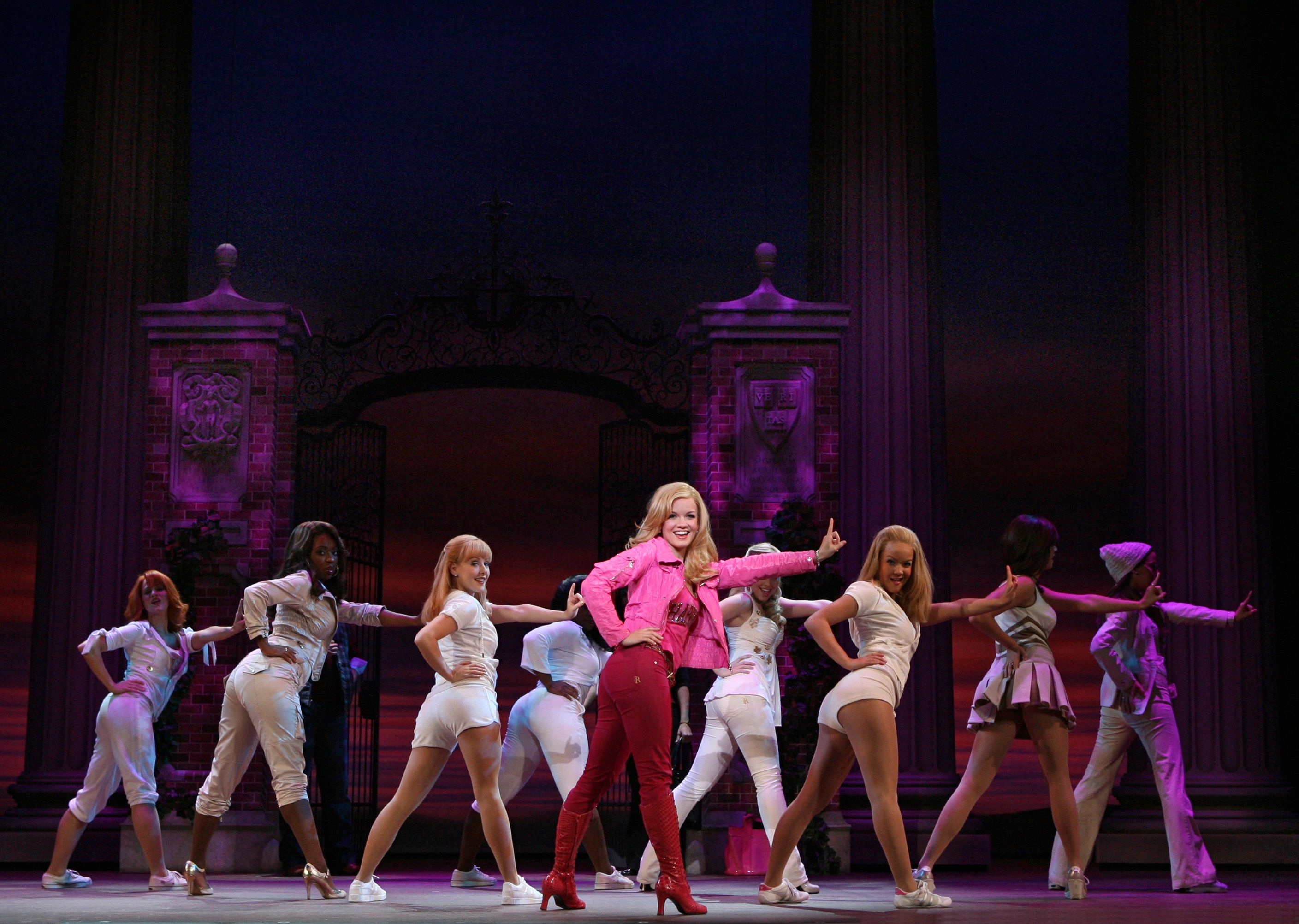 Review Legally Blonde Legally Blonde Musical Legally Blonde